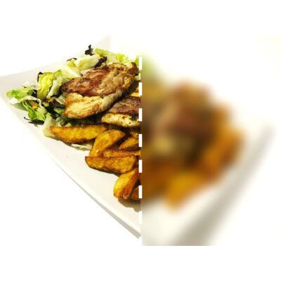 Baconbe göngyölt vasalt csirke - fél adag