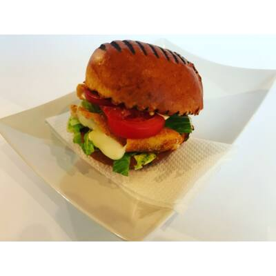 Vega burger rántott sajttal