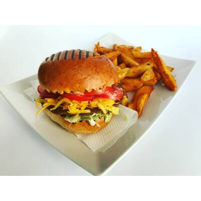 Sajtburger menü