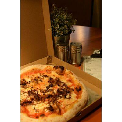 "SMOKIE 32"" - paradicsomos alap, házi BBQ pulled pork, mozzarella"