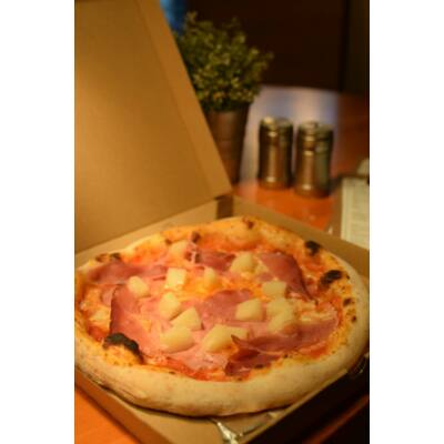 """ALOHA 32"""" - paradicsomos alap, sonka, ananász és mozzarella"""